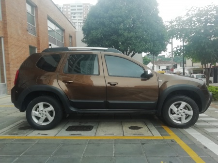 2013 Renault Duster  $40,000,000