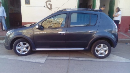 2014 Renault  1.6 steway A.A. FULL $28,000,000
